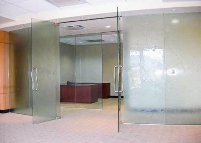cast-glass-commercial-doors-1024x768