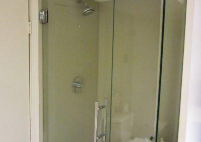 glass-shower-wall-21-768x1024