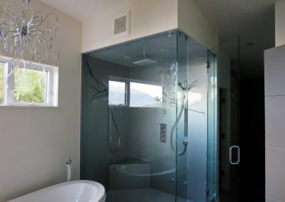 glass-shower-wall-4-1024x768
