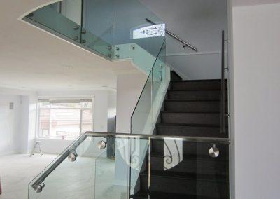 niki-glass-railing-32-768x1024