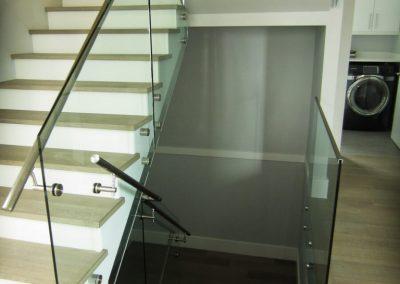 niki-glass-railing-41-768x1024