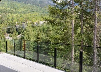 niki-glass-railing-5-1024x682