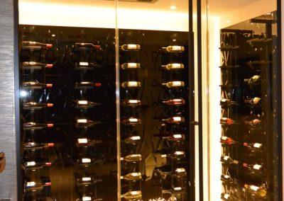 niki-glass-wine-cellar-4-682x1024
