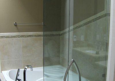 shower-enclosure-5-770x1024
