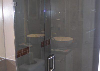 shower-enclosure-7-770x1024