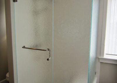 textured-shower-door-2-768x1024